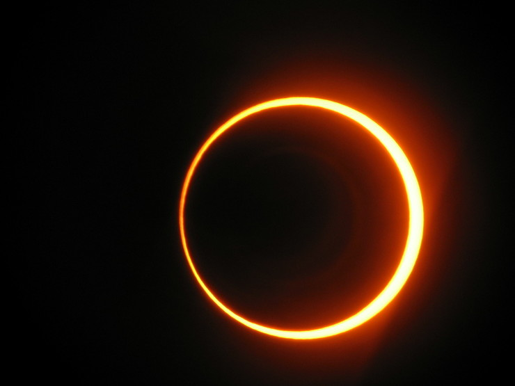 Eclipse solar en 2005