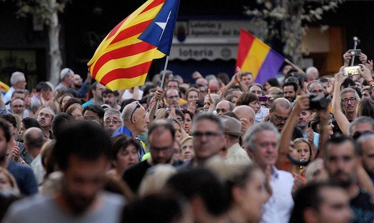 Xornada de folga xeral en Cataluña tralo referendo de independencia