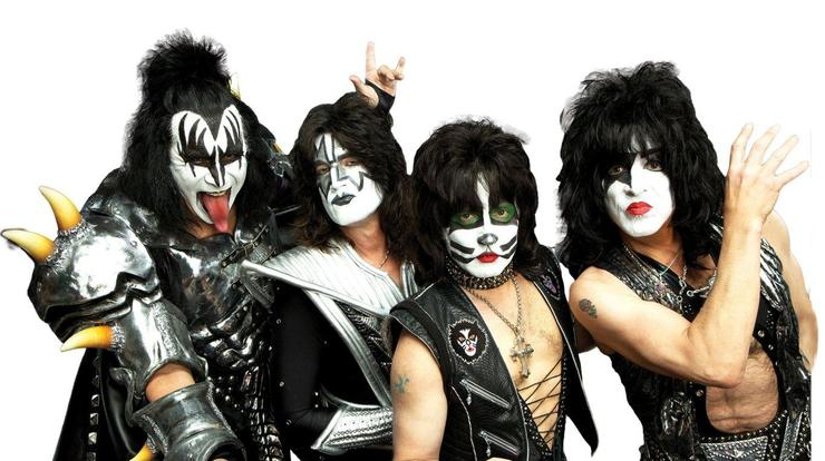 A banda de rock Kiss.