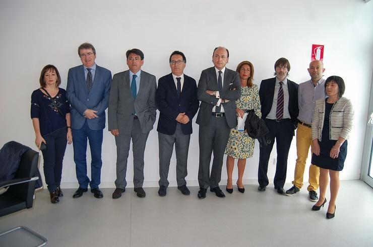 A xunta inicia os traballos para implantar en ourense a for Oficina xunta de galicia