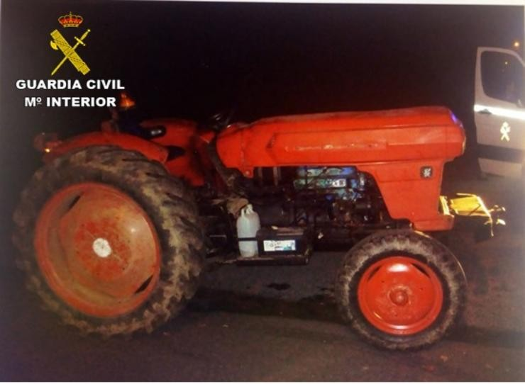 Tractor /  GUARDIA CIVIL
