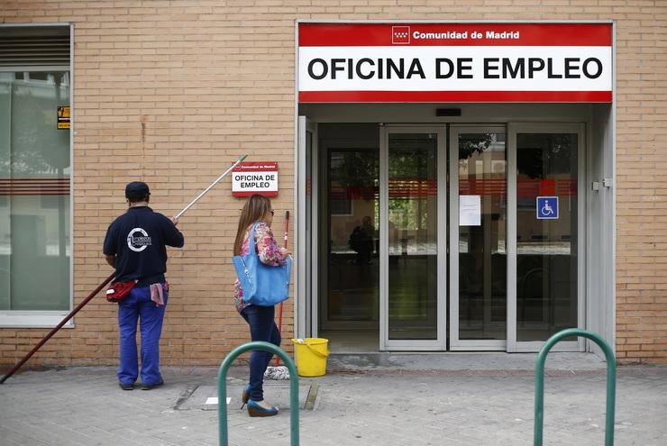 O paro sobe en persoas en xaneiro en galicia un 2 for Oficina de emprego galicia