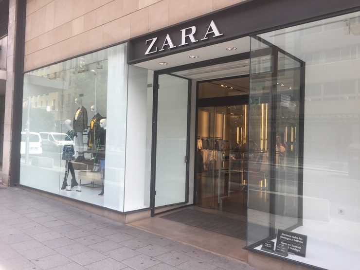 Zara, Inditex, roupa, moda, escaparate, tenda