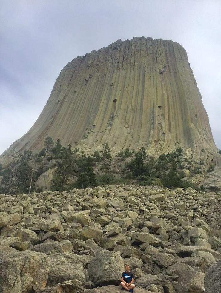 En pleno Anapana en Devils Tower