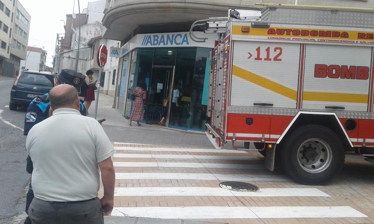 Pequeno incendio nun edificio. REMITIDA
