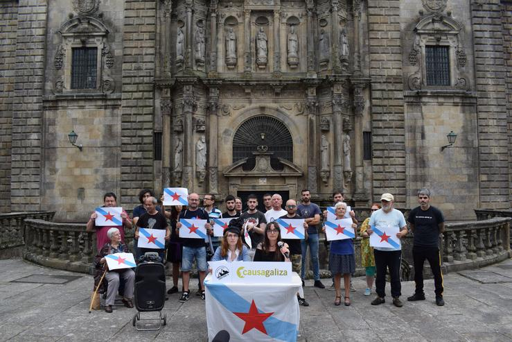 Membros de Causa Galiza en Santiago de Compostela.. CEDIDA - Arquivo